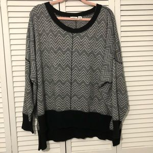 CATO PLUS 18/20W Black and White Printed Sweater
